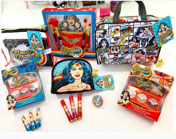Hop In Your Invisible Jet Because Thereu0026#39;s A Wonder Woman-themed Makeup Collection At Walgreens ...