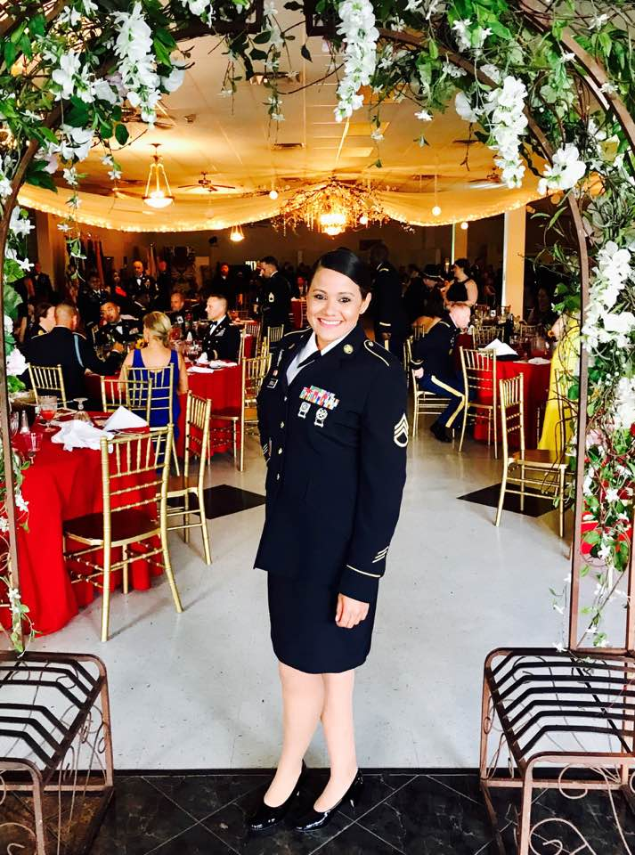 17 Things To Know If Youve Been Invited To A Military Ball