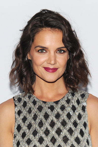 Katie Holmes Beach Wave Bob Is The Haircut Of Summer 2017