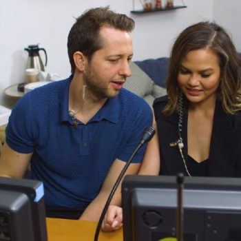 Chrissy Teigen told this speed-dater what to say through a hidden earpiece, and LOL