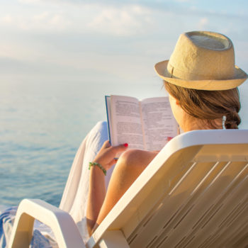 6 beach reads to start this Memorial Day weekend