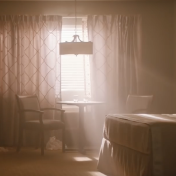 """The new teaser for HBO's """"Room 104"""" has us both creeped out and intrigued"""