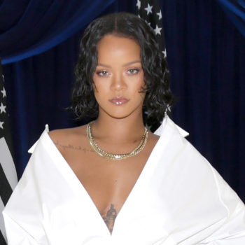 Rihanna clapped back at fat-shamers with this genius meme