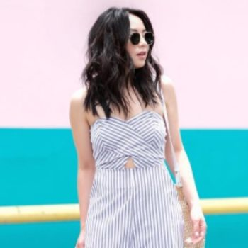 Here's how to recreate this chic summer outfit spotted in San Francisco
