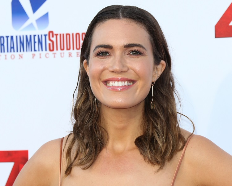 Mandy Moore isn't that excited to relive her pop-star past, and tbh, we get it