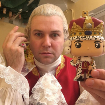 "Taran Killam improvising the lyrics to ""Hamilton"" songs makes us miss him on ""Saturday Night Live,"" like, real bad"