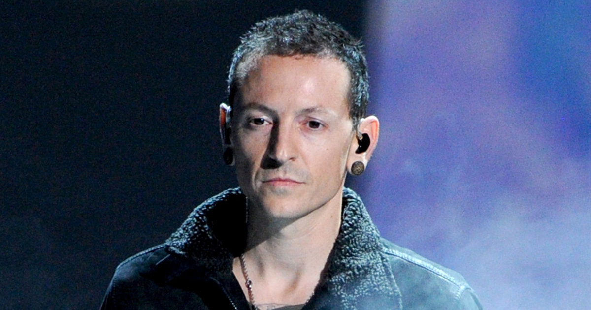 Celebrities are paying tribute to Linkin Park singer Chester