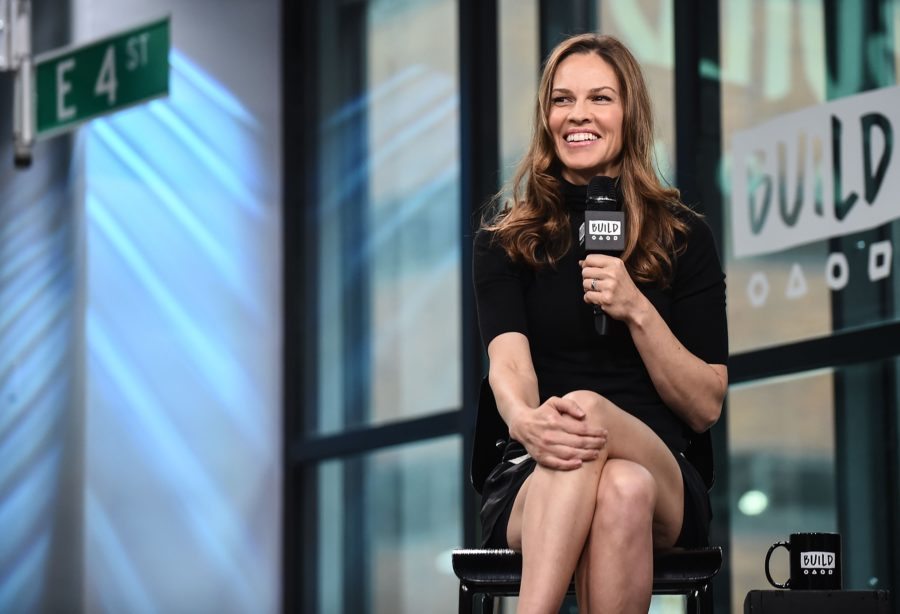 Hilary Swank's arm wor...