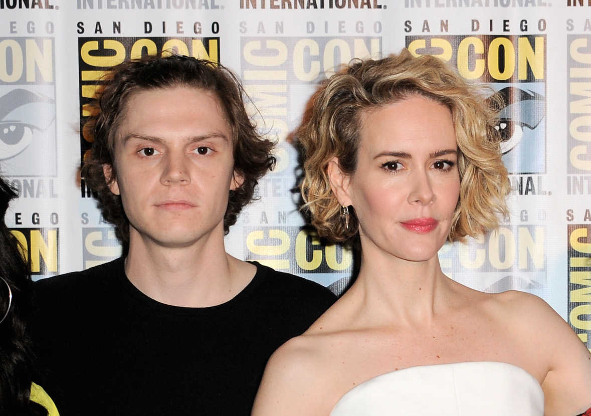 957c3415e812 Ryan Murphy teases that Evan Peters and Sarah Paulson s characters are in  LUV for