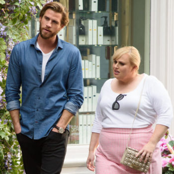 """Rebel Wilson straight up channeled """"Pretty Woman,"""" and we're here for this flashback fashion"""