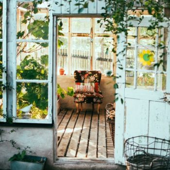Budget-friendly ways to give your home total summer vibes all year round