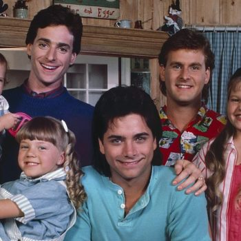 """With """"Fuller House"""" back, let's revisit the theory that Uncle Joey might actually be the biological father of the Tanner girls"""