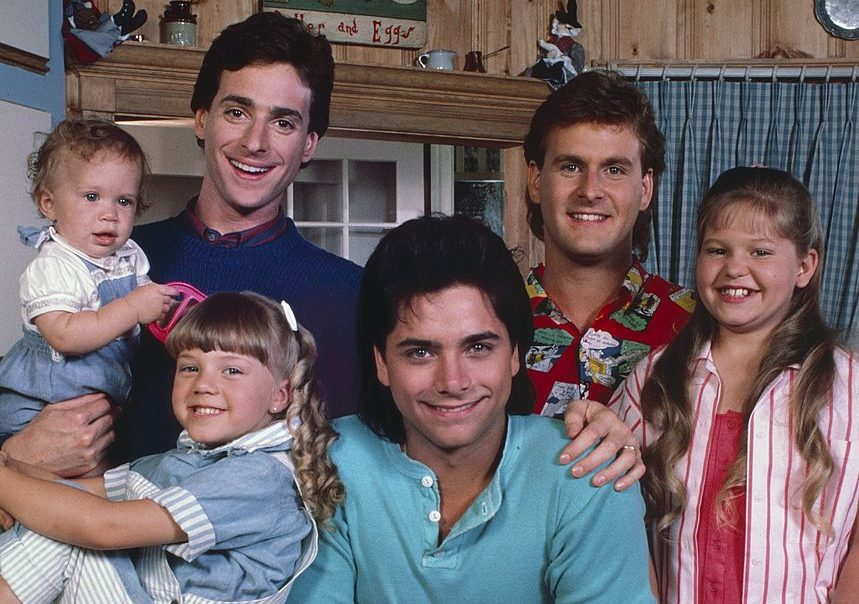 "With ""Fuller House"" back, let's revisit the theory that Uncle Joey might actually be the biological father of the Tanner girls"