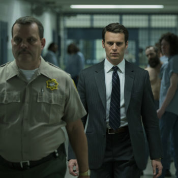 """Jonathan Groff tries to understand how serial killers operate in the trailer for David Fincher's """"Mindhunter"""""""