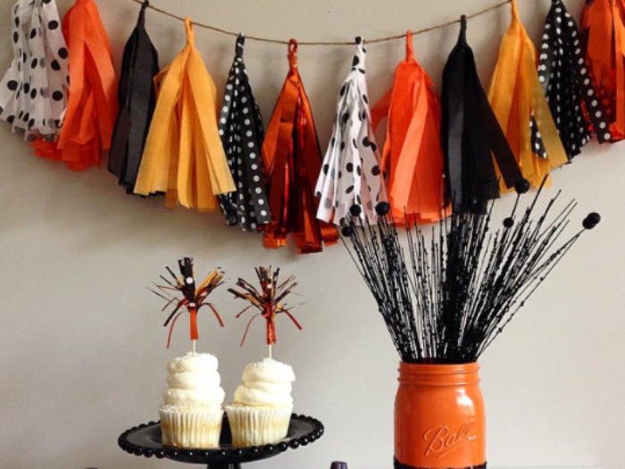 1halloween trees - How To Decorate Your Room For Halloween