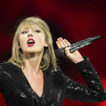 Taylor Swift just mysteriously wiped her entire Instagram, Twitter, and Facebook clean