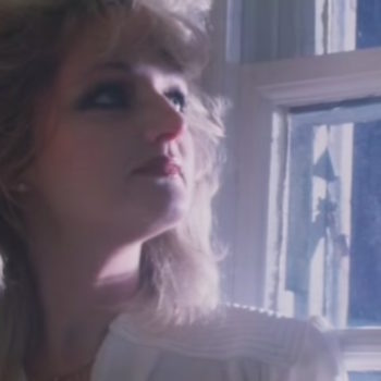"""Bonnie Tyler is planning on singing """"Total Eclipse of the Heart"""" during the eclipse, and we couldn't ask for anything better"""