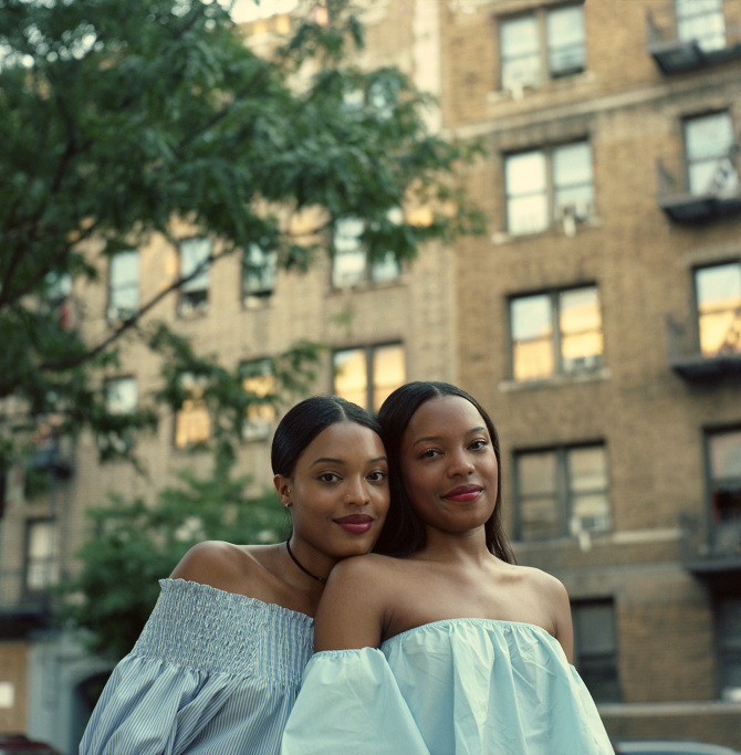 These Intimate Photos Of Twin Sisters Are Challenging Stereotypes About Black -4658