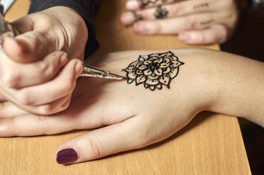 Henna Tattoo How To : Stunning henna tattoos and designs too incredible to describe