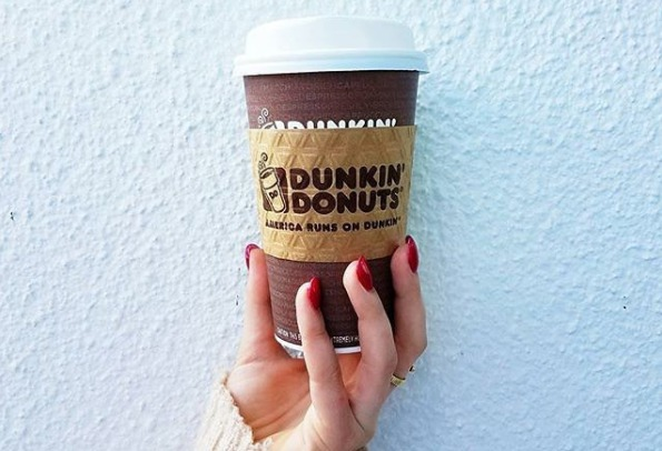 Dunkin Donuts just dropped a new hot chocolate flavor for Halloween, but TBH this feels perfect for Christmas