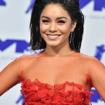 Here's how to copy Vanessa Hudgens's glittery red eye makeup at the VMAs