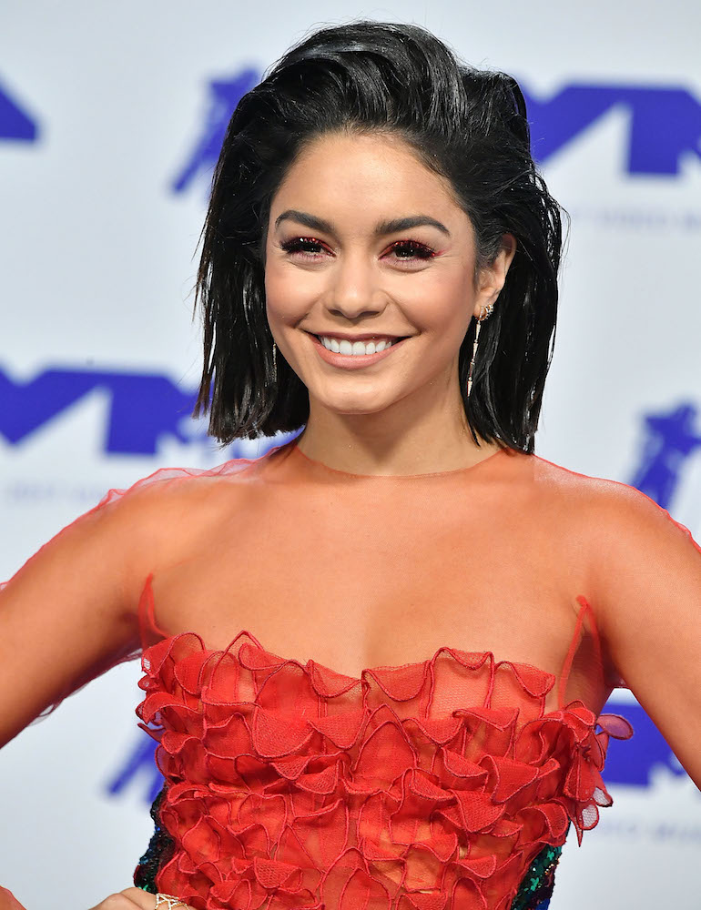 Vanessa Hudgens Short Hairstyle Has The Most Subtle 90s