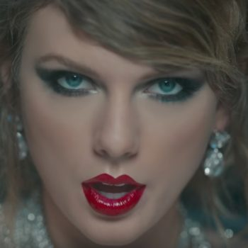 """Here's how to copy Taylor Swift's makeup looks from her new video """"Look What You Made Me Do"""""""