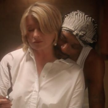 """Martha Stewart and Snoop Dogg just reenacted the sexy pottery scene from """"Ghost"""""""