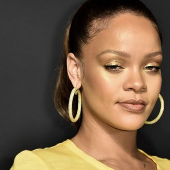 Rihanna says she wishes she could time-travel back to 10 minutes before she lost her virginity