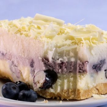 """This white chocolate blueberry lasagna fulfills our dream of eating """"pasta"""" for dessert"""