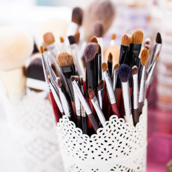 This Reddit user's makeup brush hack involves a $5 Ikea hanger