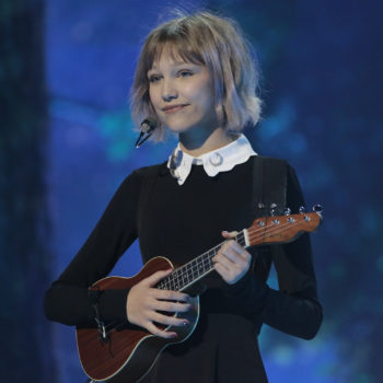 Grace VanderWaal made a major point about self-love with her before-and-after makeup selfies