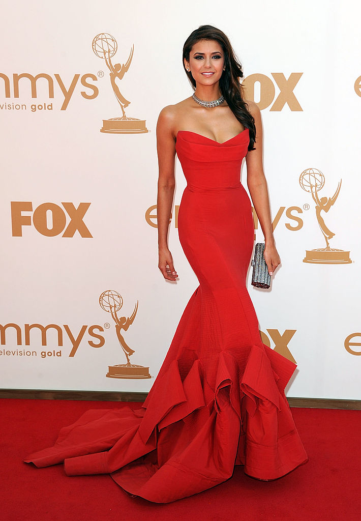 17 best emmys red carpet dresses of all time hellogiggles - Designer red carpet dresses ...