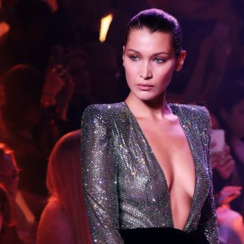 Bella Hadid protected a female photographer from an overzealous security guard
