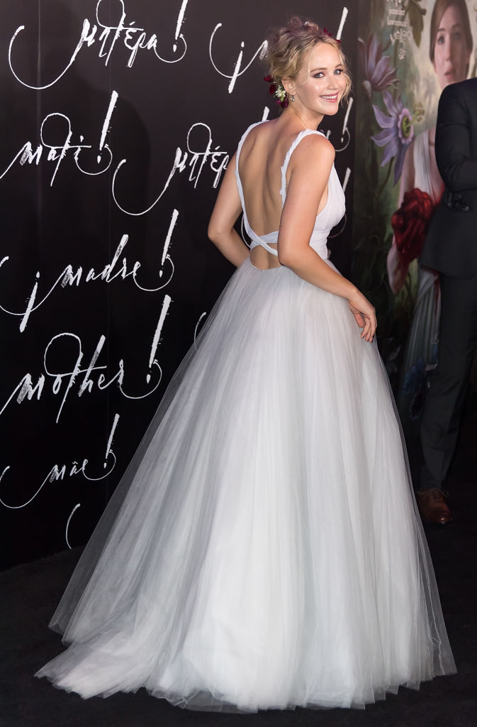 Jennifer Lawrence may have started a fall 2017 wedding ...