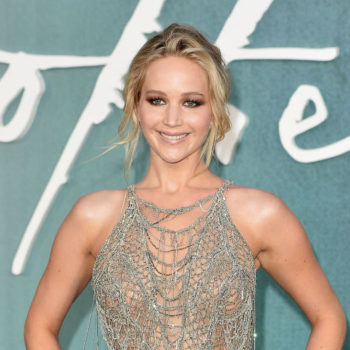 Jennifer Lawrence once got so freaked out on a plane she tried to jump out of it