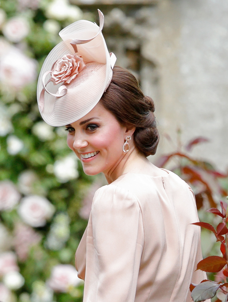 Kate Middleton Hats The Duchess Of Cambridge S 21 Best Looks Hellogiggles