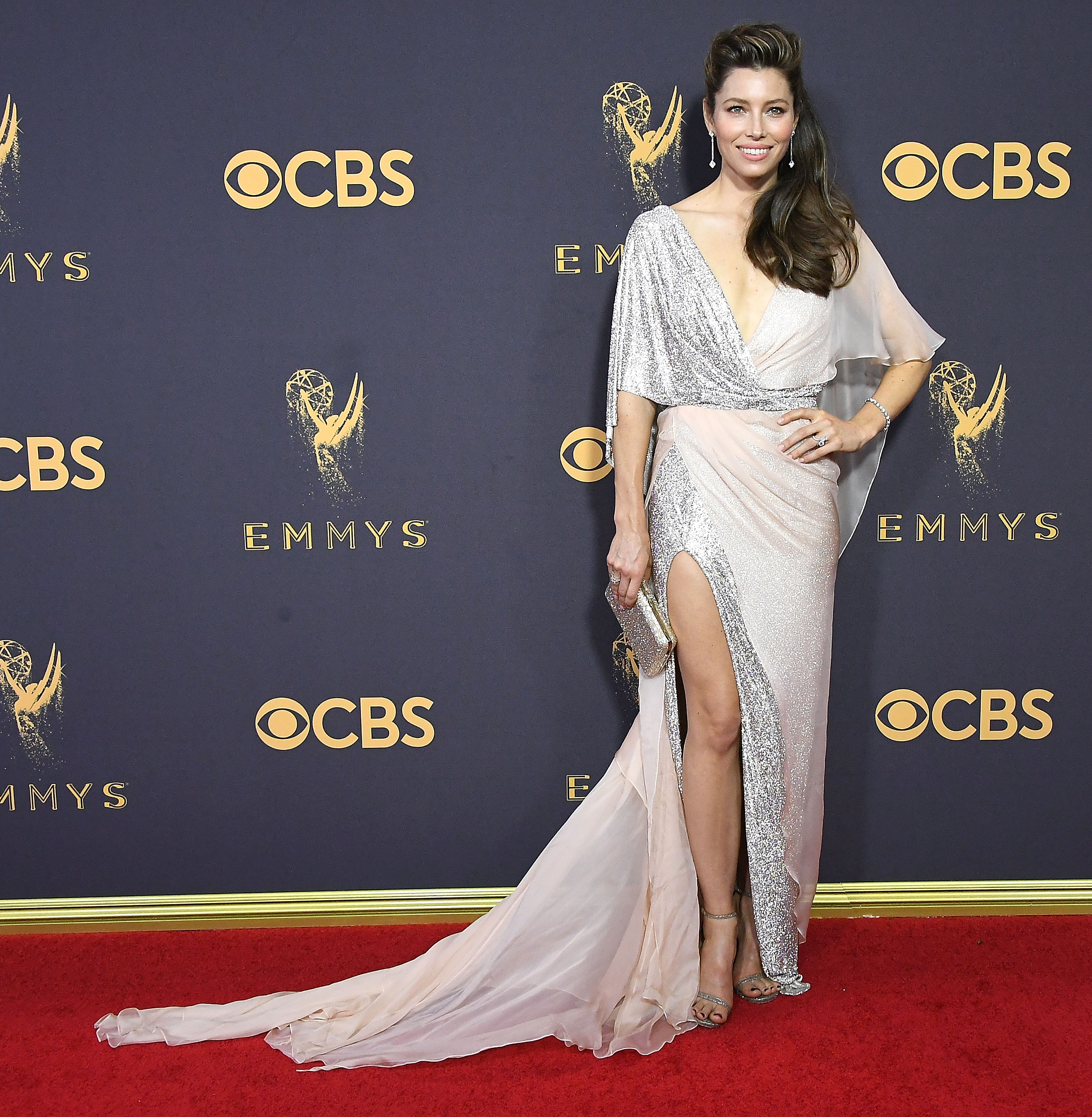 Jessica Biels 2017 Emmys Look Makes Us Want To Run Out And Buy Hair