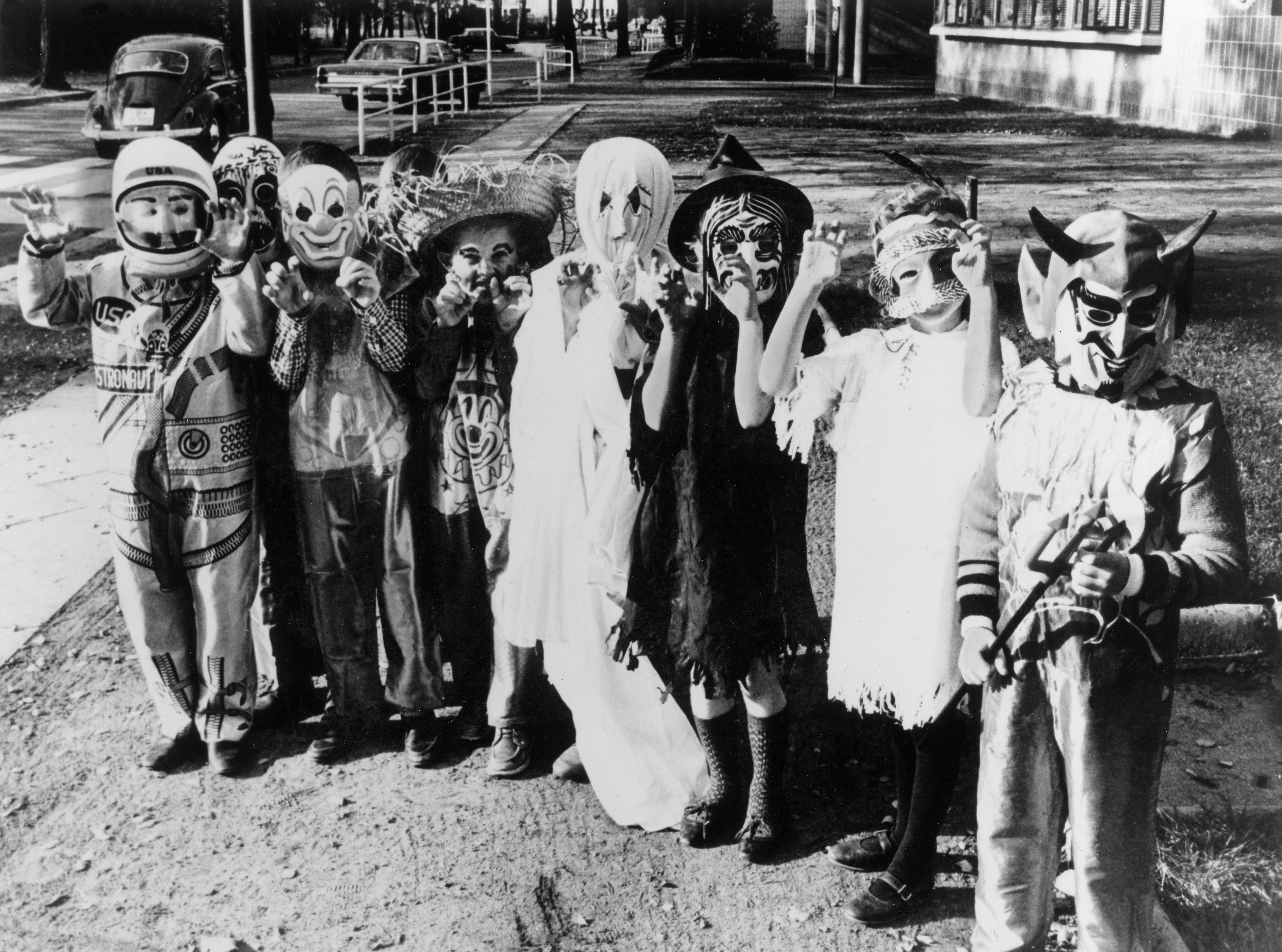 7 facts about halloween that are so creepy they'll keep you up at
