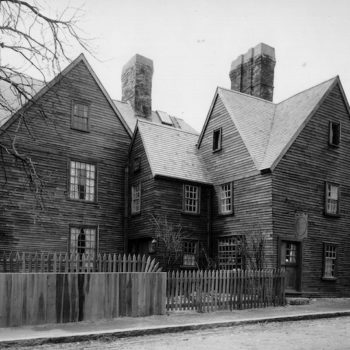 Travelers, beware: These are 5 of the most haunted towns in America