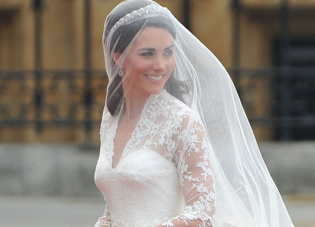 Kate Middleton had a second wedding dress that no one ...