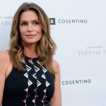 Cindy Crawford and daughter Kaia are twinning so hard in their latest Insta selfie