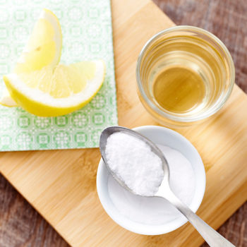 6 ways to use baking soda that will change your life in small but real ways