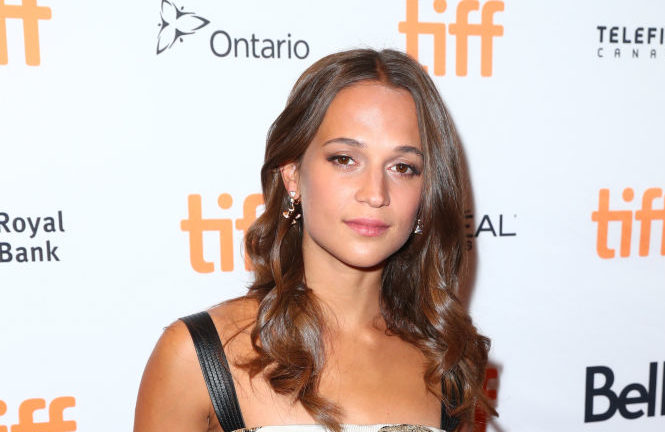Alicia Vikander just proved THIS is the haircut we should all be getting right now