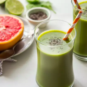 7 smoothie recipes that will actually keep your skin hydrated in chillier weather