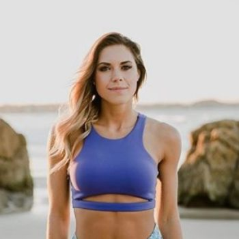"""This fitness blogger often gets called """"manly,"""" expertly claps back"""