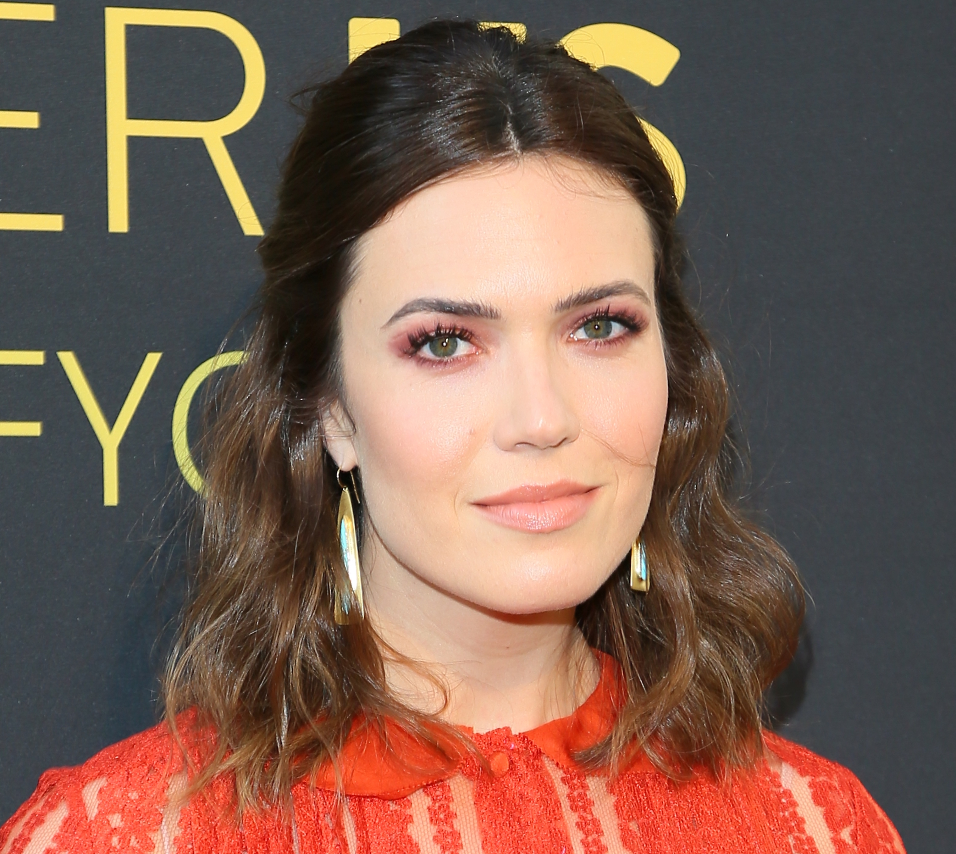Mandy Moore opened up about her engagement, revealing that she wants an intimate wedding
