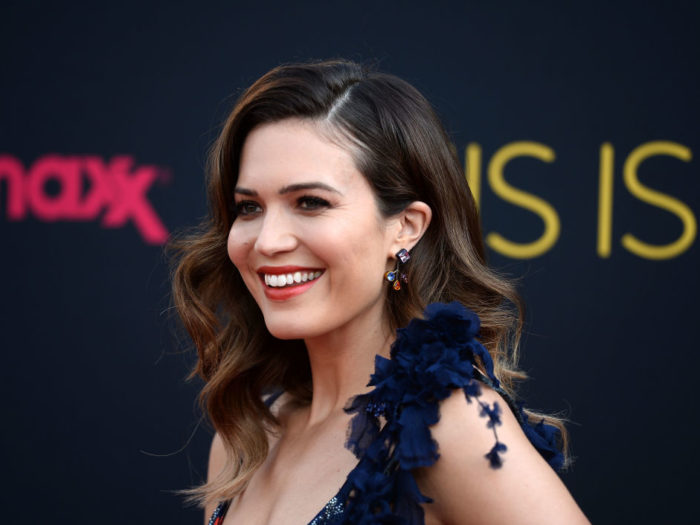 Mandy Moore wants small wedding