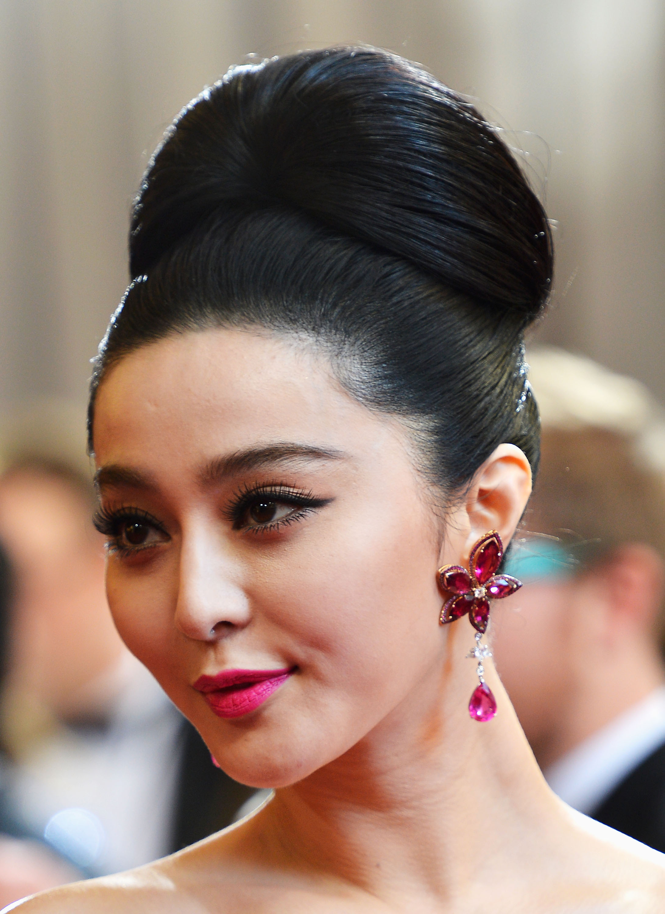 Www Bing Comhellao: 26 Celebrity Hairstyles Everyone Should Try Before Turning