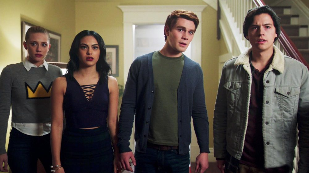 Lili reinharts first reaction to meeting her riverdale costars lili reinharts first reaction to meeting her riverdale costars was not what we expected hellogiggles m4hsunfo Images